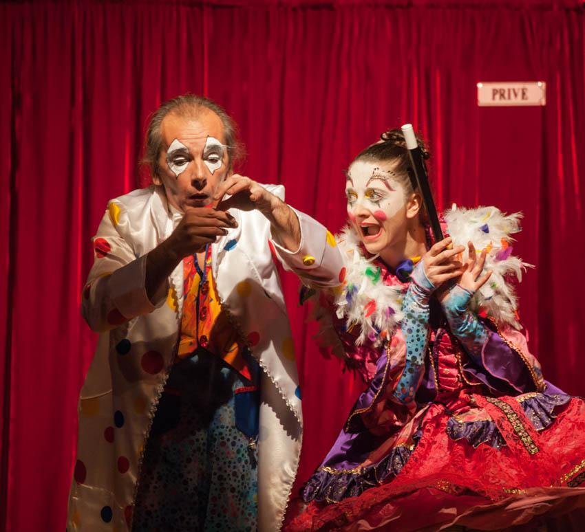 Lionceau et Fripouille de Cabaret Magique
